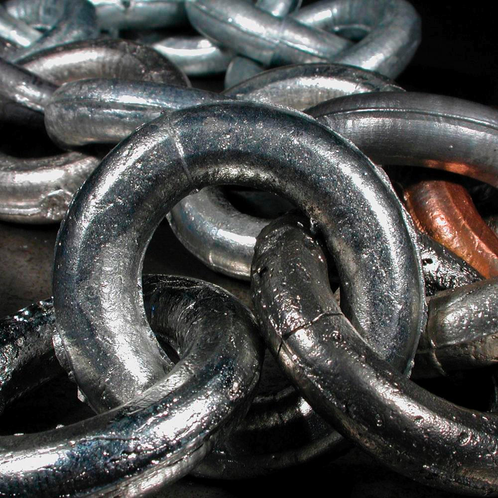 Link in multi metal chain a sample of the element antimony in the antimony link in multi metal chain gamestrikefo Image collections
